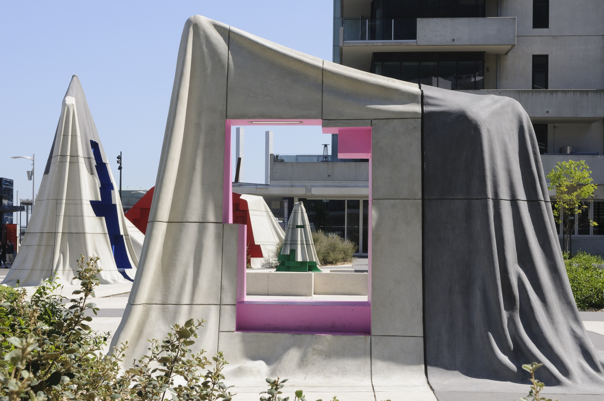 Public art and memorials