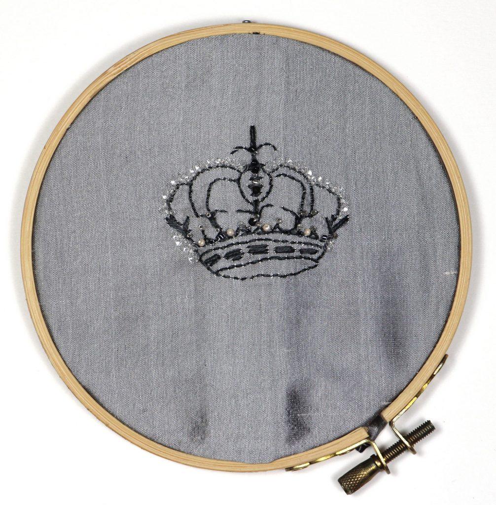 Crown 25