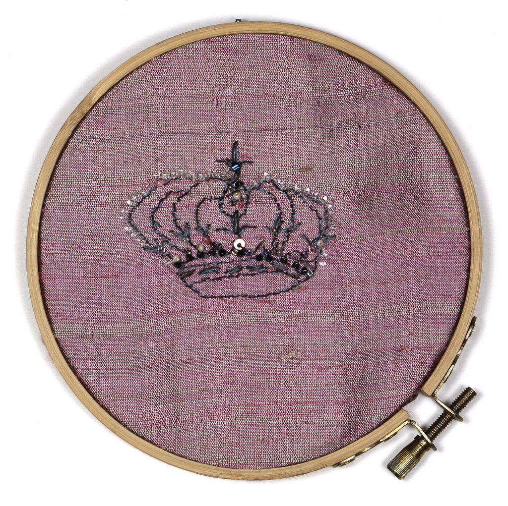 Crown 27
